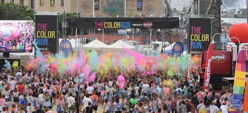 Genova si colora per la prima tappa del tour 2018 di The Color Run powered by Skittles